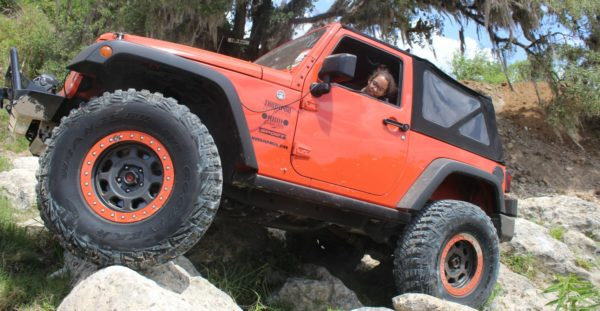 wheel-like-a-girl-jeep-girl-blog