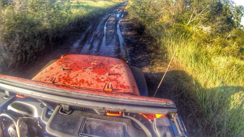 montura-ranch-orange-jeep.jpg